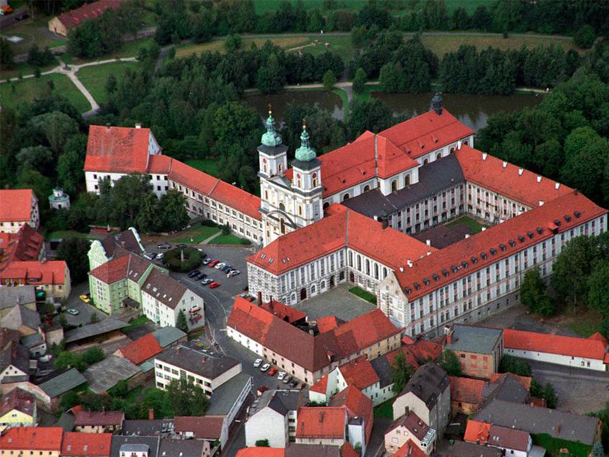 Hotel zum ehem. Königlich-Bayerischen Forsthaus Waldsassen Basilika